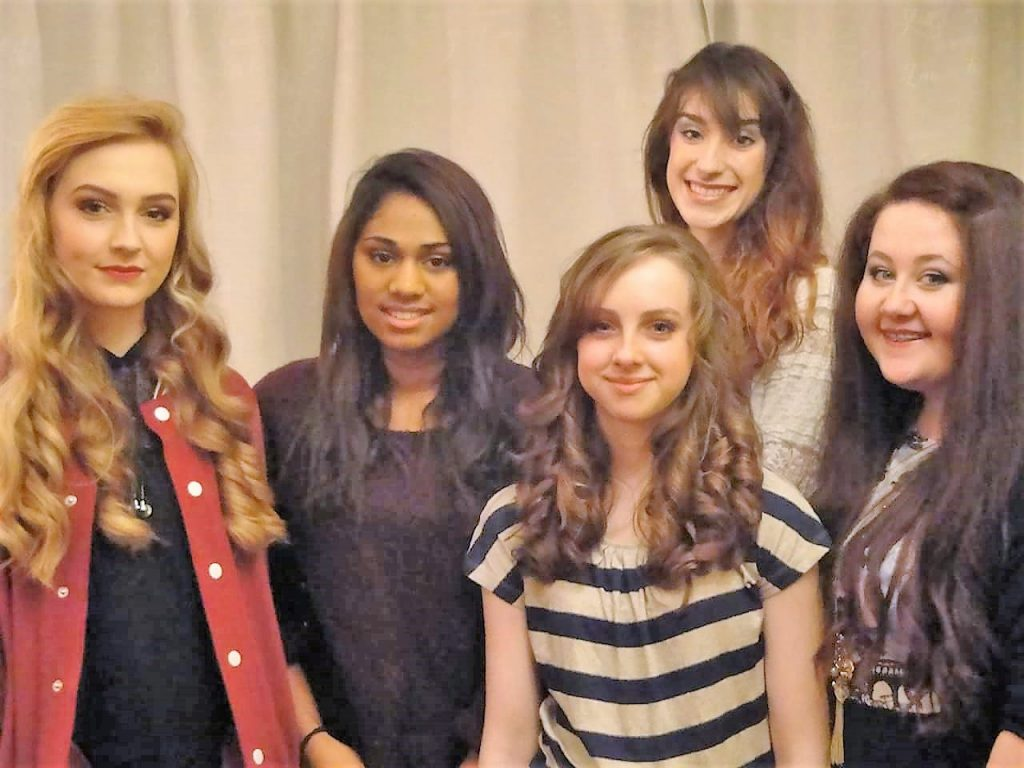 Teenage makeover make-up and hair parties in Hedge End in Southampton by Makeovers by Melinda