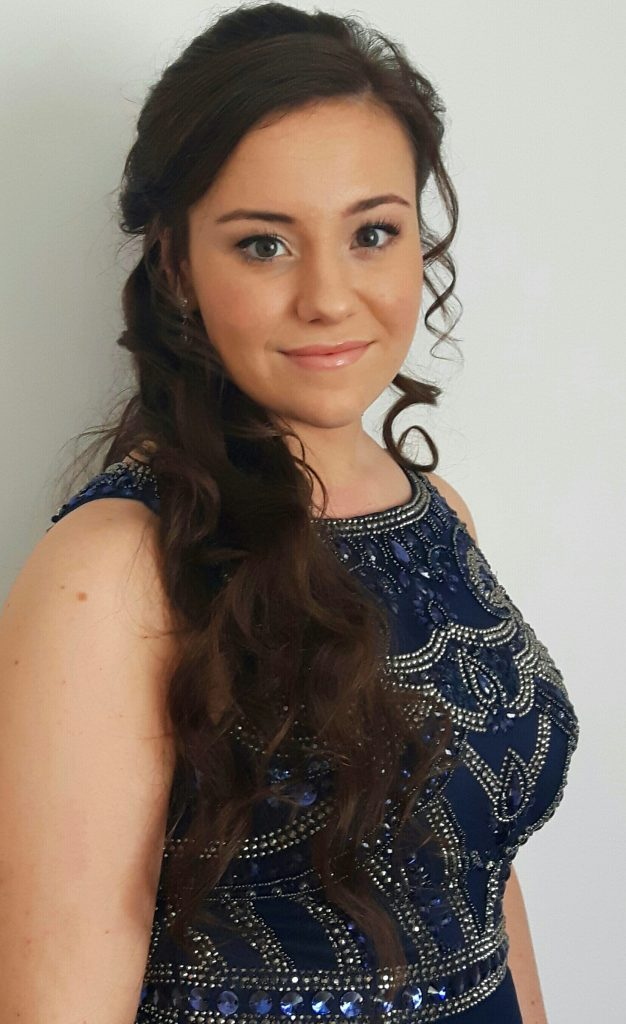 Makeovers by Melinda Prom hair and make-up artist in Hedge End in Southampton